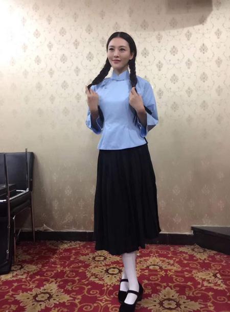 著名演员郑清文(原名郑玲青)